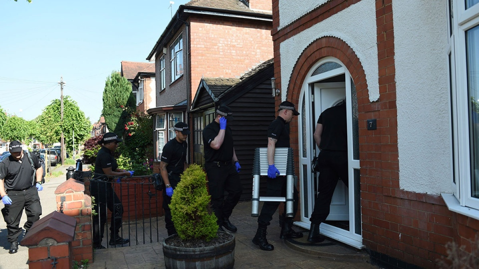 Police at scene of arrest in Nuneaton, England