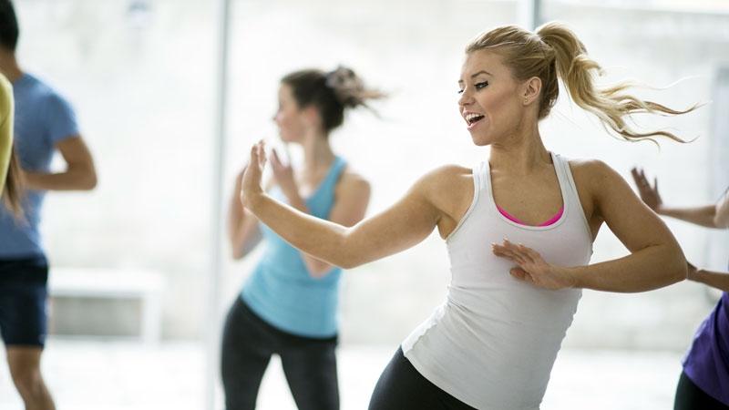 Aerobic dance fitness class