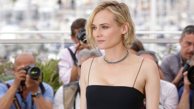 Actress Diane Kruger poses for photographers during the photo call for the film In The Fade at the 70th international film festival, Cannes, southern France, Friday, May 26, 2017. (AP Photo / Alastair Grant)