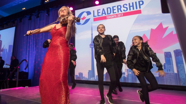Entertainers kick off opening night of the federal Conservative leadership convention in Toronto on Friday, May 26, 2017. (Fred Thornhill / THE CANADIAN PRESS)
