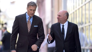 Conservative Party leadership candidates Maxime Bernier, left, and Kevin O'Leary walk together after an interview in Ottawa on Tuesday, May 16, 2017. (THE CANADIAN PRESS/Justin Tang)