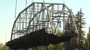 Zoo Bridge lifted successfully