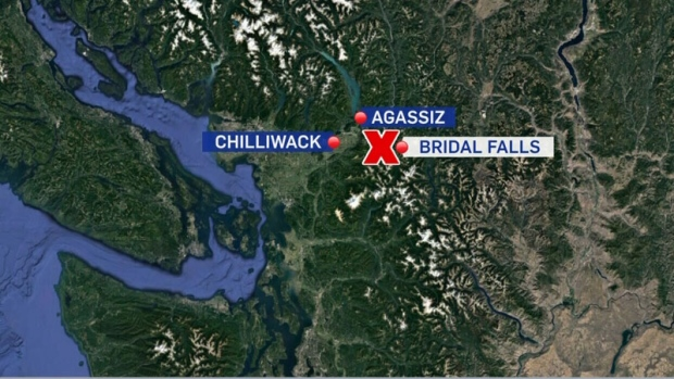 Crews searching for missing paraglider near Chilliwack