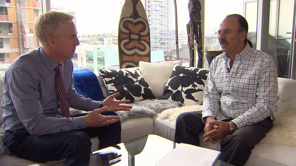 Bob Bidner explains his financial situation to CTV's Ross McLaughlin. (CTV)