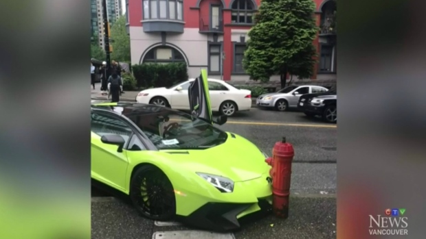Green Lamborghini Collides With Downtown Fire Hydrant Ctv News