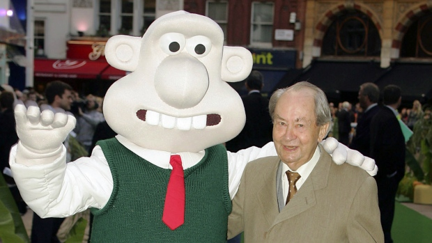 Wallace and Gromit star Peter Sallis dies at age 96