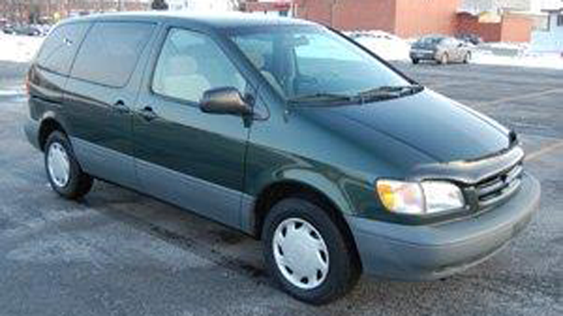 A green 2000 Toyota Sienna, similar to the one driven by San Li Lao, is seen in this stock photo provided by the RCMP.