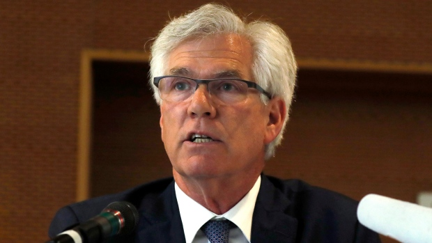 Husky Energy hired Natural Resource Minister Jim Carr\'s ex-chief of ...