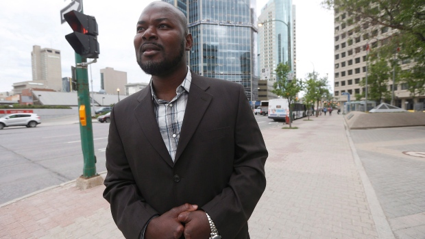 Refugee who lost fingers gets to stay in Canada