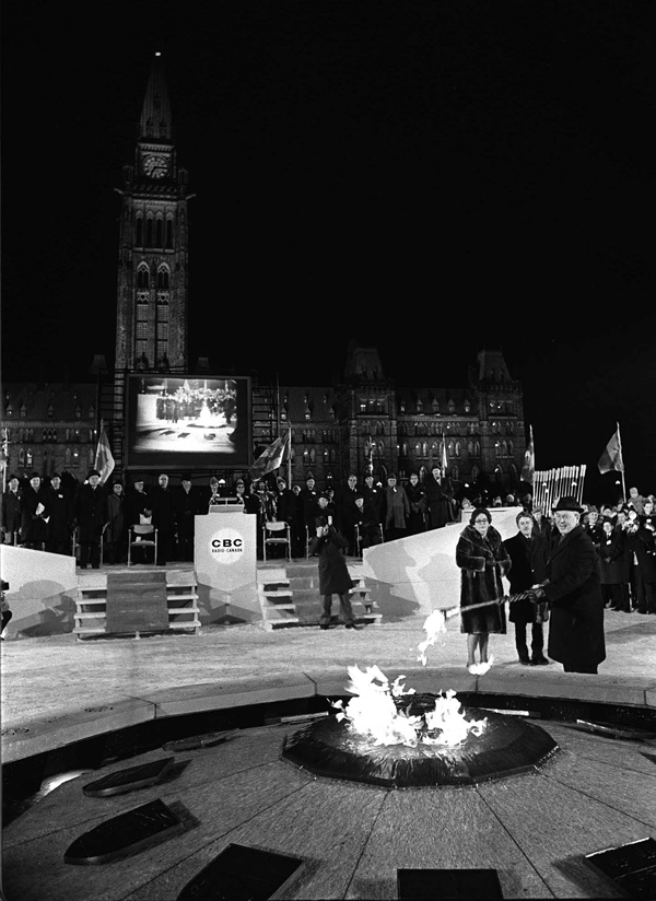 Centennial Flame Ceremony, January 1, 1967 (CP PHOTO)