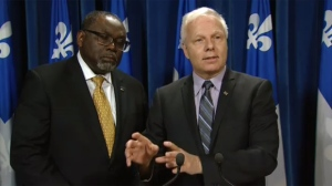 Maka Kotto and Jean-Francois Lisée discuss a bill to clarify when employers can require knowledge of the English language in an employee (June 14, 2017)