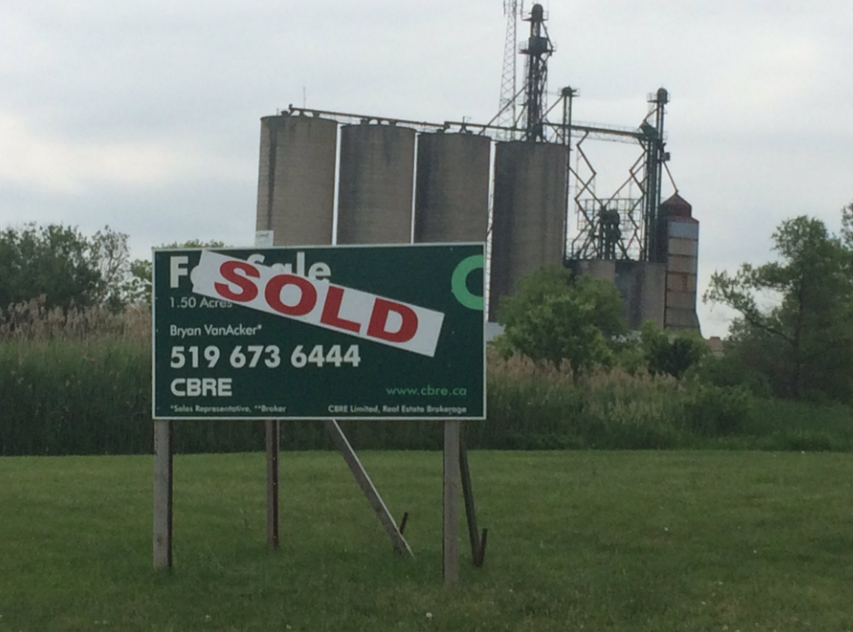 Sold sign near Toyota plant in Woodstock Ont. (Sean Irvine/CTV)