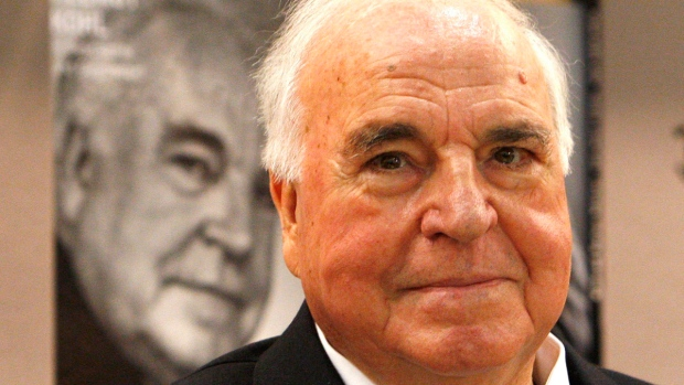 Helmut Kohl, father of reunified Germany, dies at 87