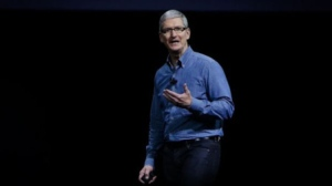 Apple CEO Tim Cook (GABRIELLE LURIE / AFP)