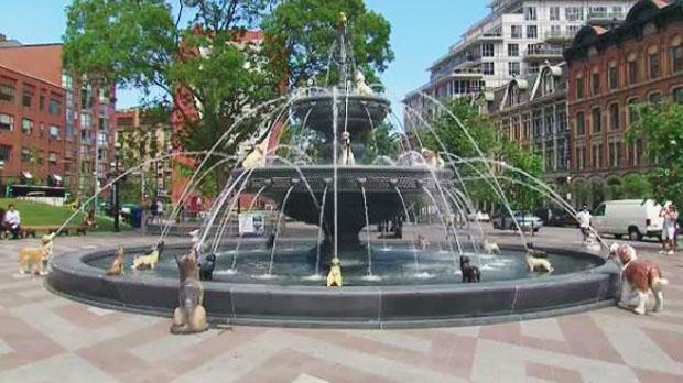 Berczy Park New Dog Fountain