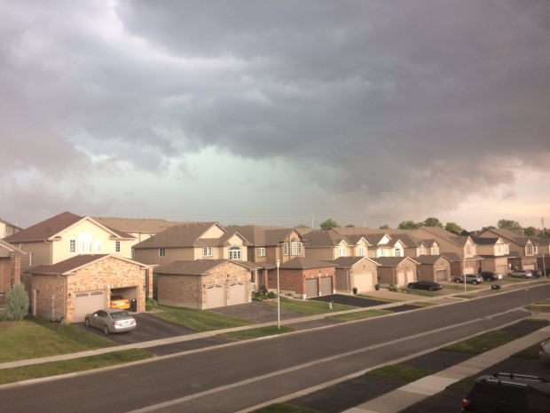 Tornado warning in effect for Toronto