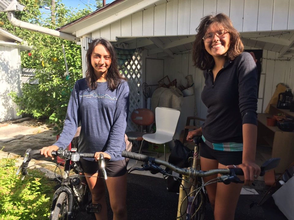 Naomi Bird (left) and Kathleen Olds (right) cycled Halifax to Saskatoon. (Mark Villani / CTV Saskatoon)