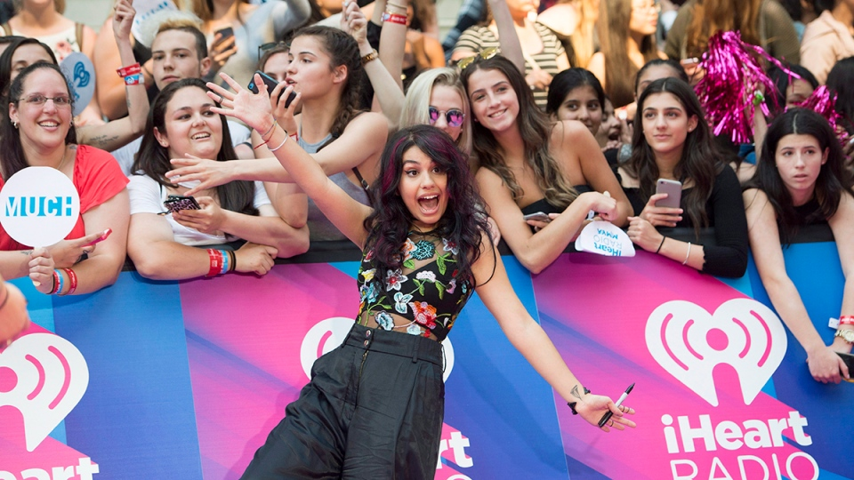 Alessia Cara arrives on the red carpet at the 2017 Much Music Video Awards in Toronto on Sunday, June 18, 2017. (THE CANADIAN PRESS/Nathan Denette)