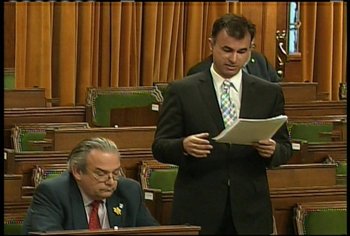 Vancouver Island Liberal MP Keith Martin tables a bill in Ottawa that calls for marijuana to be legalized. April 2nd, 2009.