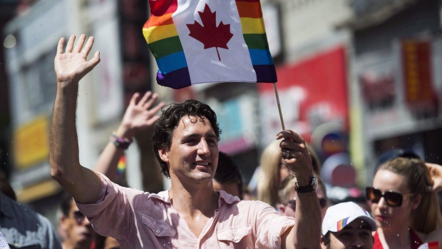 Prime Minister Justin Trudeau was Seriously Adorable at Toronto's Pride March