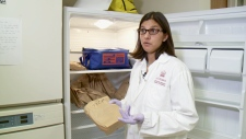 Dr. Manisha Kulkarni in her uOttawa lab.