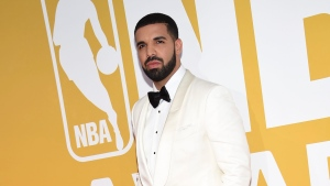 Drake arrives at the NBA Awards at Basketball City at Pier 36 on Monday, June 26, 2017, in New York. (Photo by Evan Agostini/Invision/AP)