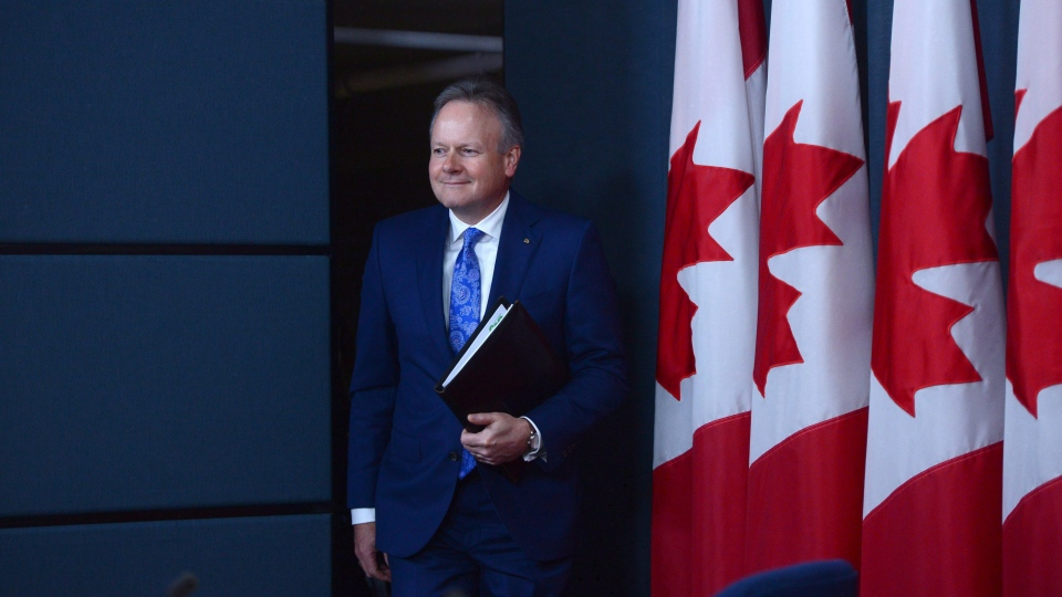 Bank of Canada Governor Stephen Poloz arrives at a press conference at the National Press Theatre in Ottawa on Wednesday, June 8, 2017. (Sean Kilpatrick/THE CANADIAN PRESS)