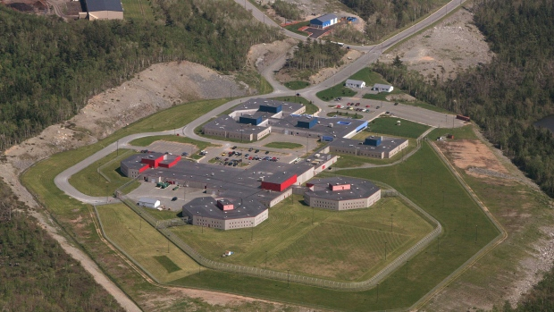 The Central Nova Scotia Correctional Facility, in Dartmouth, N.S., is shown on June 3, 2005. (Mike Dembeck/AP)