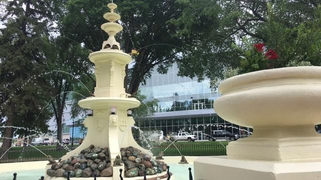 The fountain in Regina's Confederation Park is seen following its restoration. (WAYNE MANTYKA/CTV REGINA)