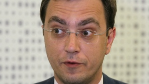 Ukraine's infrastructure minister Volodymyr Omelyan talks at an interview to the Associated Press in his office in Kiev, Ukraine on Tuesday, July 4, 2017. (AP / Efrem Lukatsky)