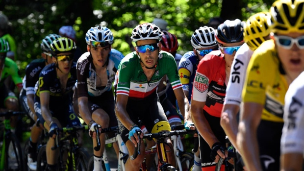Aru beats Froome in first mountain stage of Tour  ada55798f