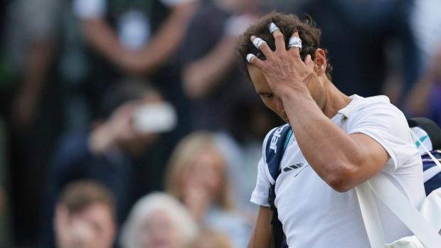 Wimbledon Day 7 | Murray makes his 10th consecutive quarter-final
