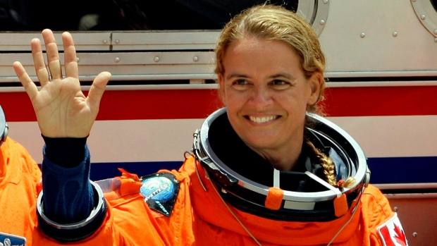 Julie Payette before a shuttle liftoff in 2009