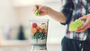 Researchers at Harvard University tracked dietary changes in a population of nearly 74,000 health professionals. (vgajic/Istock.com)