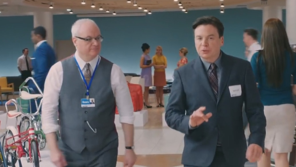 Peter Myers, left is shown with his brother, comedian Mike Myers, in a 2014 ad for Sears Canada. (Sears Canada / YouTube)