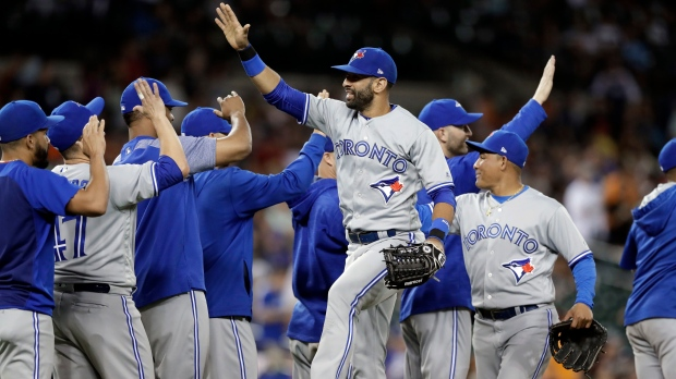 Jays Beat Tigers 7-2