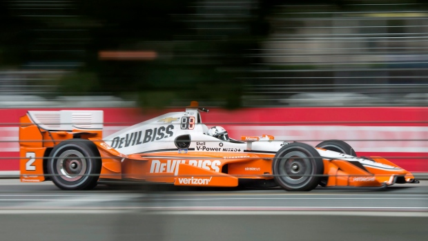 Hinchcliffe races to 3rd at Toronto Indy