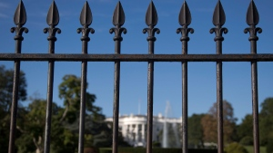 The iron perimeter fence lines the South Lawn of the White House in Washington, on Sept. 22, 2014. (Carolyn Kaster / AP)