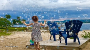 Bubbles at Constance Bay. (Fred Burrows/CTV Viewer)