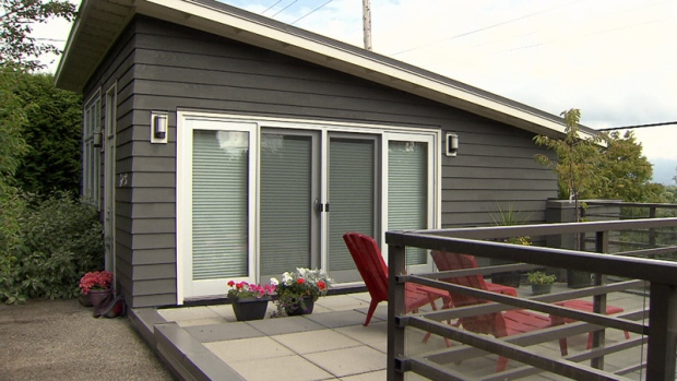 Proposed changes to Vancouver's zoning bylaws would mean more landowners are permitted to build laneway houses, and the smaller homes could be put up for sale.