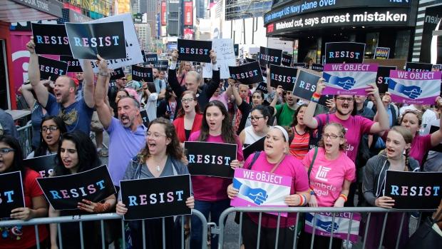 GOP Lawmakers Criticize Trump on Transgender Military Ban