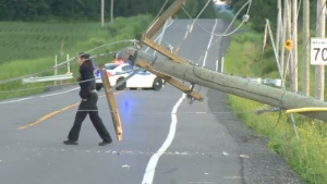 A driver lost control of his car, crashing it into an electrical pole in Terrebonne.