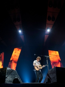 concert review vancouver stands cheerin for ed sheeran ctv vancouver news. Black Bedroom Furniture Sets. Home Design Ideas