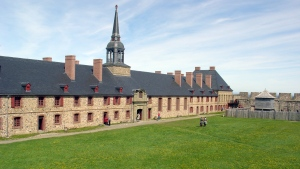 Fortress of Louisbourg (Martin St-Amant / Wikimedia Commons)