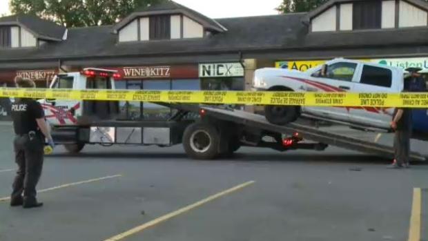 Tow Truck Ottawa >> Man Killed In West End Parking Lot Shooting Ctv News Ottawa