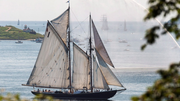Bluenose II, Nova Scotia's sailing icon, participates in a parade of sails as part of Rendezvous 2017 in Halifax on Tuesday, Aug. 1, 2017. (Andrew Vaughan / THE CANADIAN PRESS)