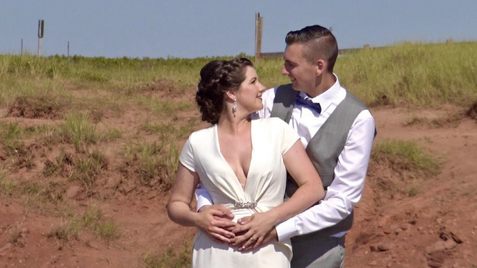 Rochelle and Mike Byrne celebrated their wedding in an eco-friendly fashion at P.E.I. National Park. (Source: Rochelle Byrne)