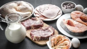 The U.S. Department of Agriculture recommends that over-50s eat five to seven portions of protein per day, or 150g to 200g. AlexPro9500/Istock.com