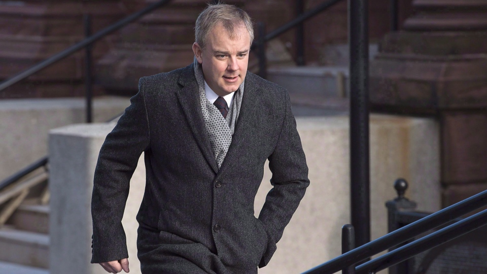 Dennis Oland arrives at Court of Queen's Bench in Saint John, N.B. on Tuesday, Jan. 3, 2017. (Andrew Vaughan / THE CANADIAN PRESS)