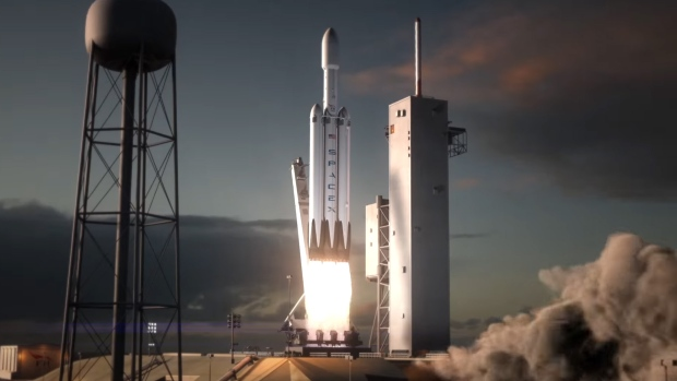 Elon Musk Reminds Us Falcon Heavy Lifts Off in November